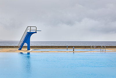Oceanfront pool - p1299m1586934 by Boris Schmalenberger