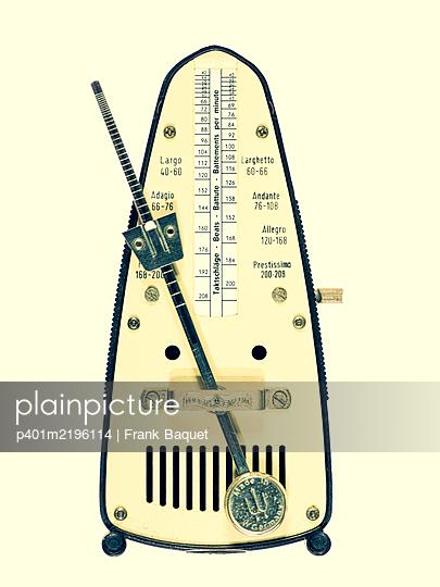 Metronom - p401m2196114 von Frank Baquet