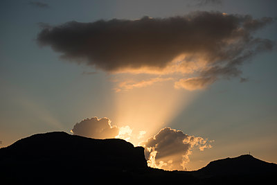 Cloudscape at sunset - p192m1476586 by Holger Pietsch