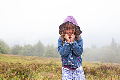 Girl shivering in les Vosges - p1231m1466431 by Iris Loonen