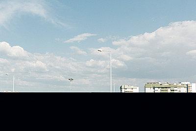 Plattenbau in Lissabon - p432m2064440 von mia takahara