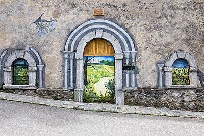 Wandmalerei - p979m1513271 von Maurice Ballein