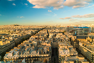 View over Paris - p1332m1502780 by Tamboly