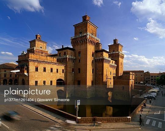 p1377m1261404 von Giovanni Simeone