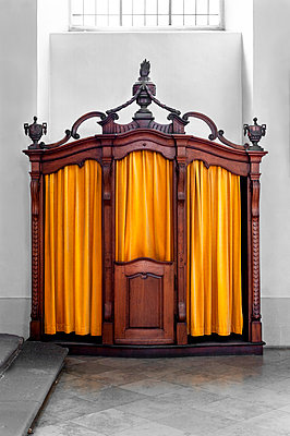 Confessional - p1609m2257946 by Katrin Wolfmeier