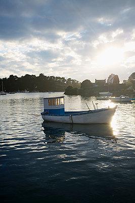 Fischerboot - p464m1196209 von Elektrons 08