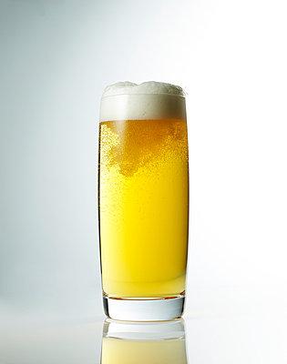 Draft beer - p549m1000555 by C&P