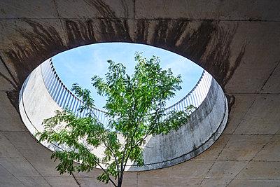 Loch zum Himmel - p1312m2053592 von Axel Killian