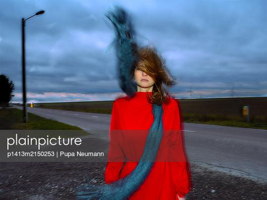 Windy - p1413m2150253 by Pupa Neumann
