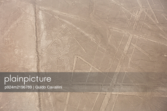 Aerial view of Nazca Lines, pre-Columbian geoglyphs etched into desert sands, Nazca, southern Peru. - p924m2196789 by Guido Cavallini