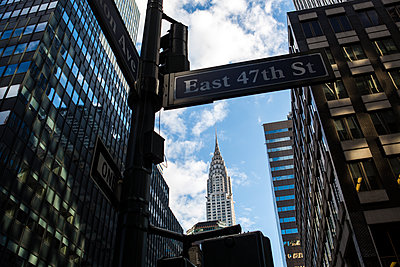 View of the Chrysler building  - p1057m1466837 by Stephen Shepherd