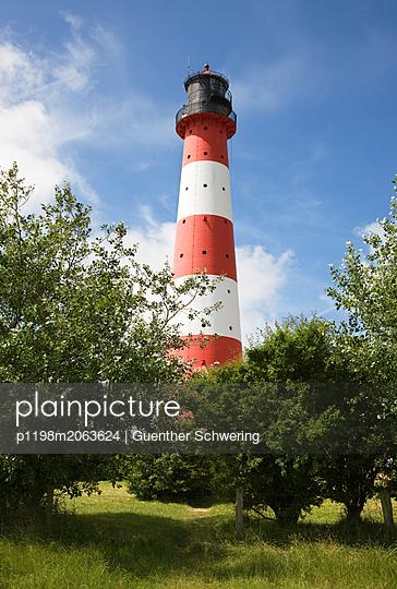 Leuchtturm Westerhever - p1198m2063624 von Guenther Schwering