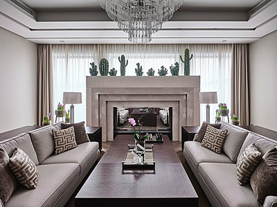 Innenarchitektur einer Villa - p390m2263699 von Frank Herfort
