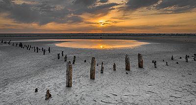 Sunset on the salty estuary Kuyalnik,  dead lake near Odessa, Ukraine - p1166m2072102 by Cavan Images