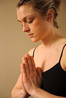 Woman doing yoga - p31227372f by Hans Berggren