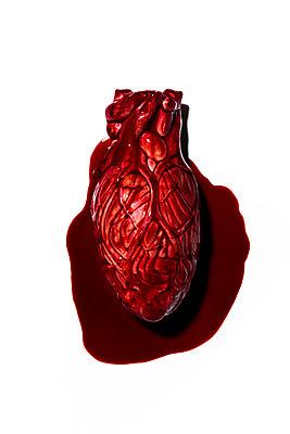 Blutendes Herz - p1094m1559742 von Patrick Strattner