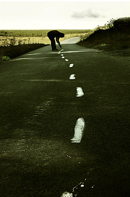 Choose your own path - p1570m2151163 by DOROTHY-SHOES