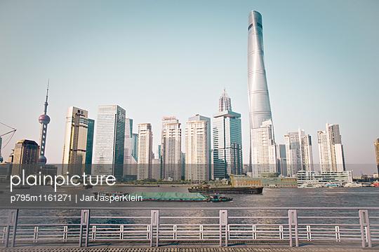 Shanghai - p795m1161271 von Janklein