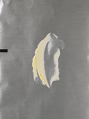 Butter - p1134m949146 by Pia Grimbühler