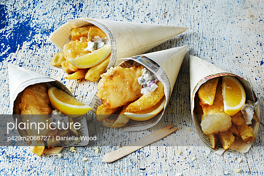 Still life with fish and chips in cones - p429m2068727 by Danielle Wood