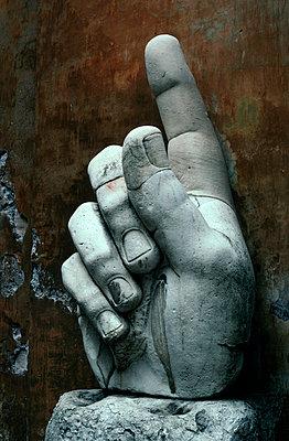 Erhobener Zeigefinger - p3300015 von Harald Braun