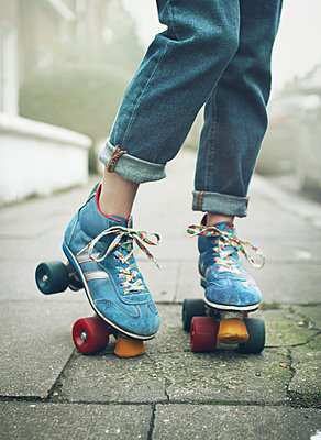 roller skates - p984m2020661 by Mark Owen