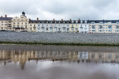 Hotel Reflections - p1309m1146870 by Robert Lambert