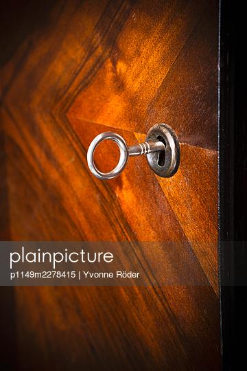Key - p1149m2278415 by Yvonne Röder