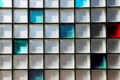 Multicoloured glass window - p1228m1044273 by Benjamin Harte