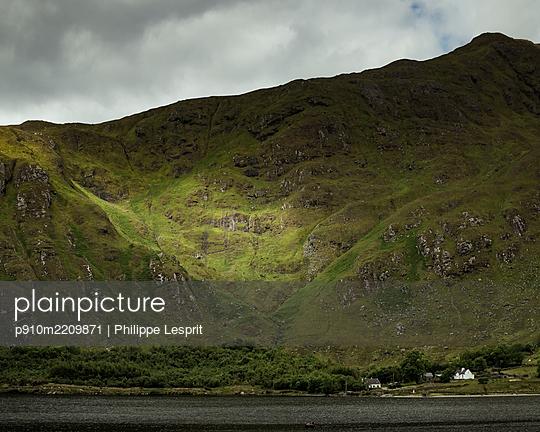 Ireland, Connemara - p910m2209871 by Philippe Lesprit