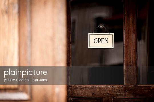 Open - p220m1083097 von Kai Jabs