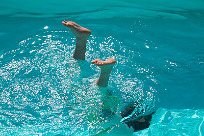 Diving - p969m1050907 by Alix Marie