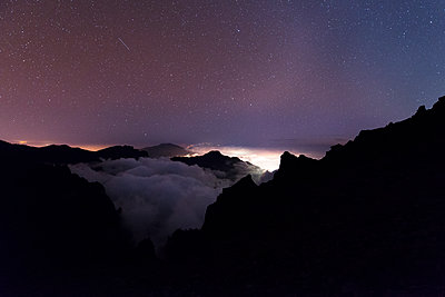 Light pollution - p608m1109914 by Jens Nieth