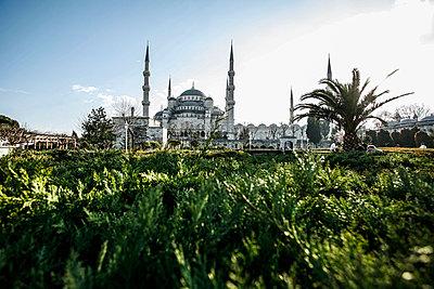 Blaue Moschee - p741m892048 von Christof Mattes