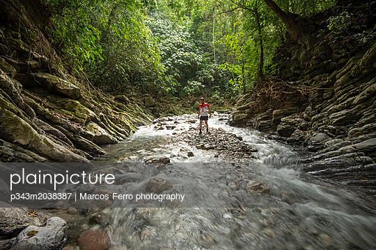 p343m2038387 von Marcos Ferro photography