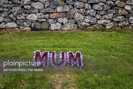 MUM - p417m2019922 von Pat Meise