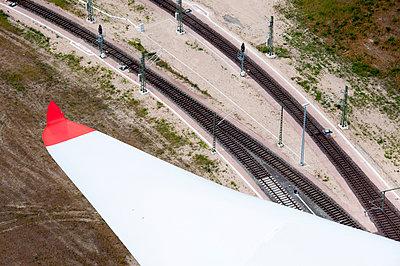 Windenergie für die Bahn - p1079m890708 von Ulrich Mertens