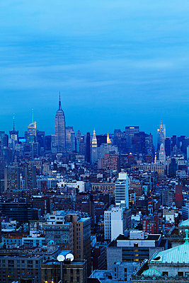 Manhattan, midtown from south, Empire State Building and Chrysler Building - p312m742588f by Susanna Blåvarg