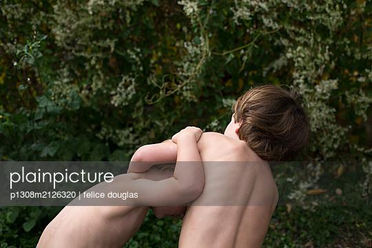 p1308m2126320 by felice douglas