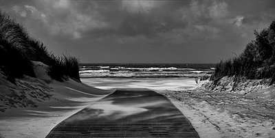 strand - p627m672382 by Peter Rauch