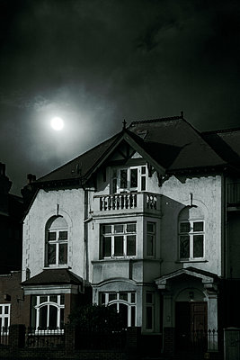 Moonlit house  - p1248m1538608 by miguel sobreira