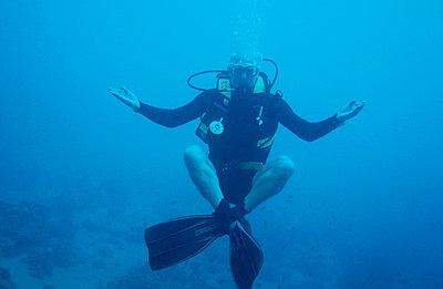 Unterwasseryogi - p2200202 von Kai Jabs