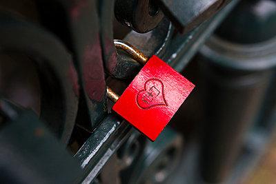 Lovelock - p1057m952839 by Stephen Shepherd