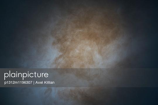 p1312m1196307 by Axel Killian
