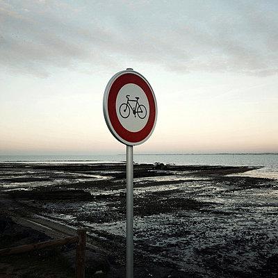 Küste am Abend - p9111107 von Kalanch-Oé
