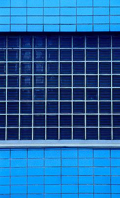 Blue Storehouse - p2687604 by Katarzyna Zommer