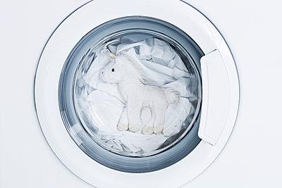 Einhorn in der Wäsche - p1149m1474994 von Yvonne Röder