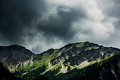 Dark mountains - p248m1051763 by BY