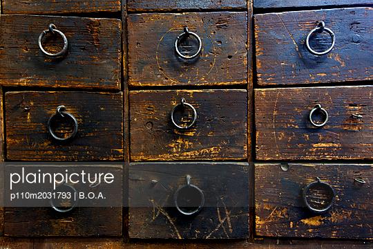 Alte Schubladen - p110m2031793 von B.O.A.