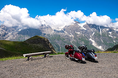 Trip with the Vespa - p842m2073331 by Renée Del Missier
